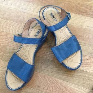 Born Shoes. Platform Sandals. Ash blue. Size 8.
